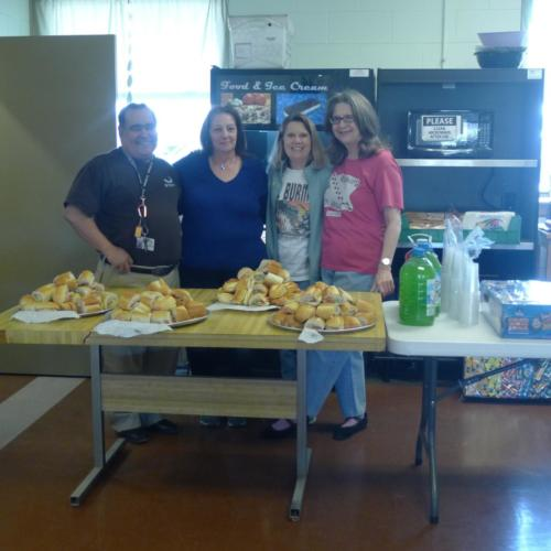 Chaplaincy Volunteers, happy to serve!