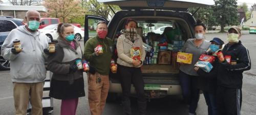 Volunteers helping to bring food to the racetrack!